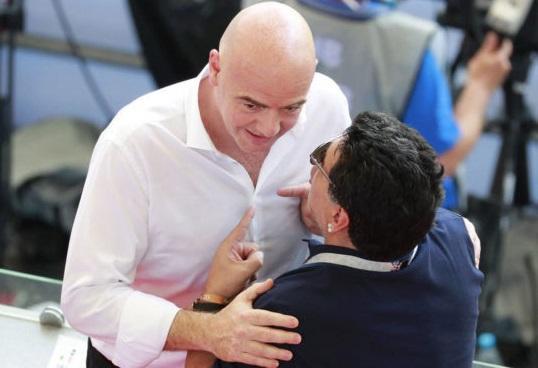Dieqo Maradona FİFA-dan üzr istədi