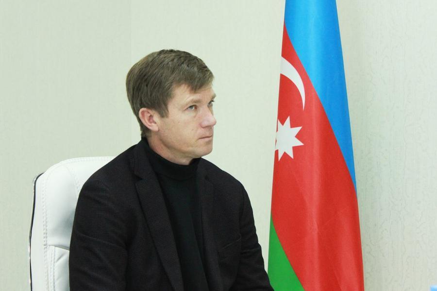 """Yuri Maksimov: """"Mənə dedilər ki, qalmaq istəyirsənsə, Vaqiflə Fuadı komandadan qov"""""""