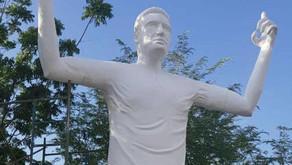 Kolumbiyada Falkaoya heykəl qoyuldu