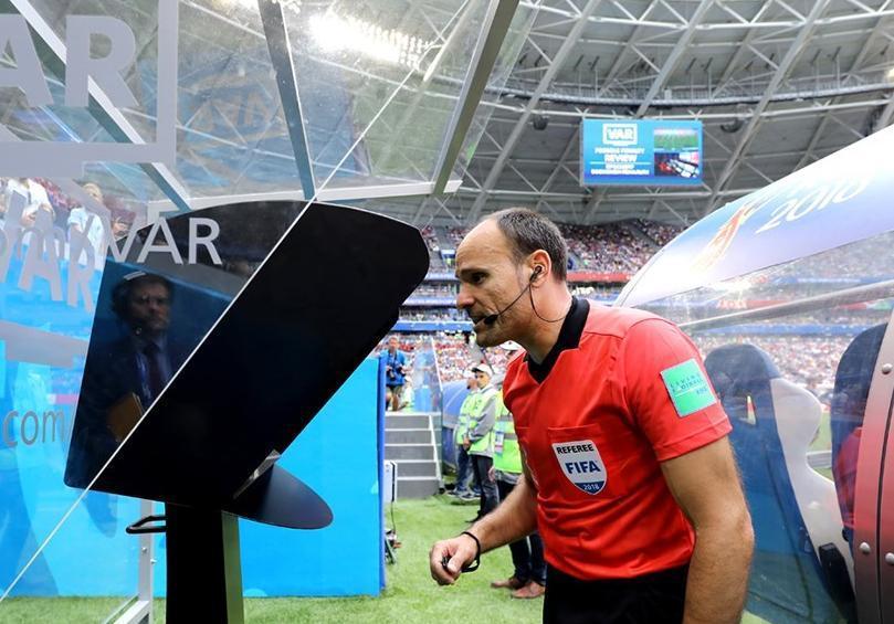 UEFA VAR-la bağlı qərarını dəyişdi