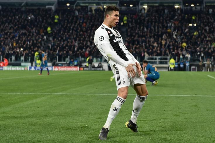 """""""Yuventus""""un futbolçusu Kriştiano Ronaldo """"Atletiko""""nun baş məşqçisi Dieqo Simeonenin qalmaqala səbəb olan jestinə cavab verib."""