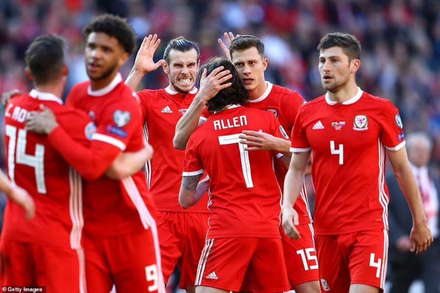 Rayan Giqqz millimizlə oyuna 26 futbolçu çağırdı - Siyahı