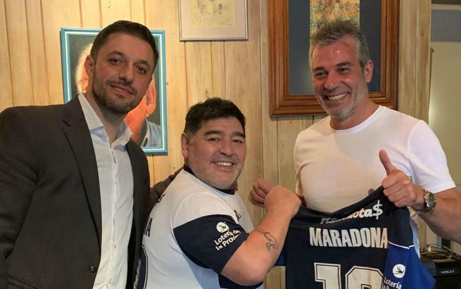Maradonanın yeni klubu