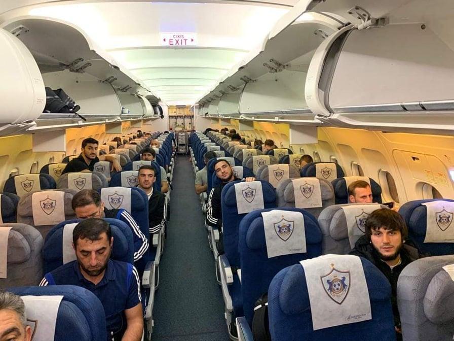 """""""Qarabağ"""" Kiprə çarter reysi ilə getdi -"""
