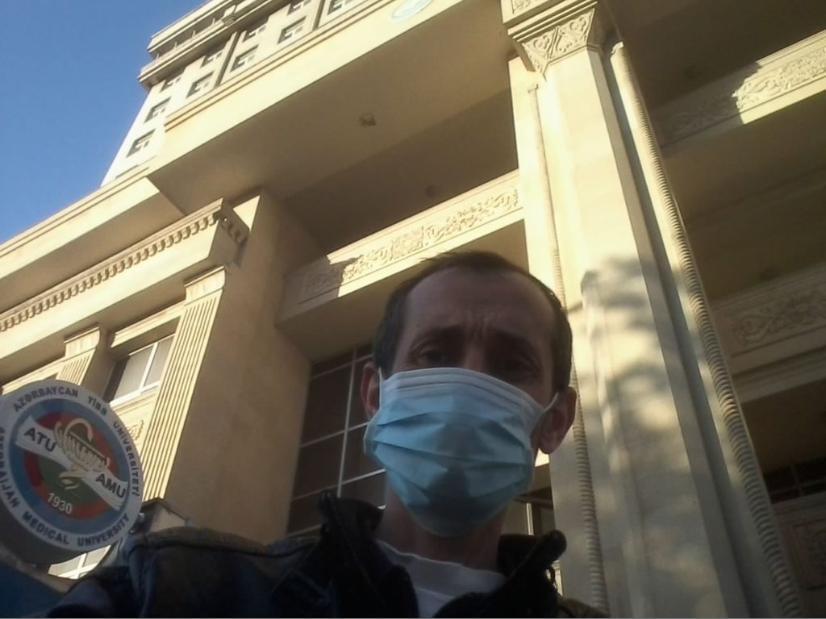 Azərbaycanlı jurnalist koronavirusdan sağaldı