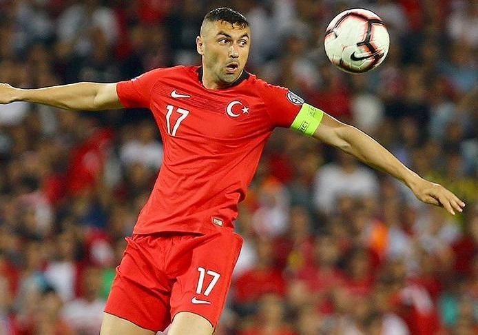 Fransa klubu 35 yaşlı türk futbolçunu heyətinə qatdı