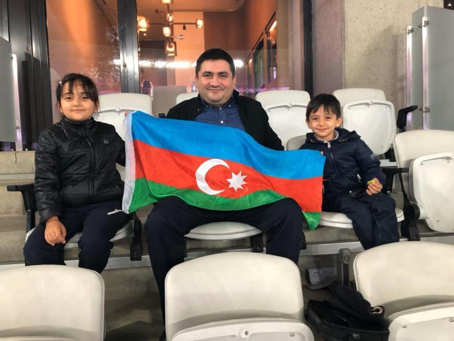 Altay Əliyev orduya maddi yardım etdi -