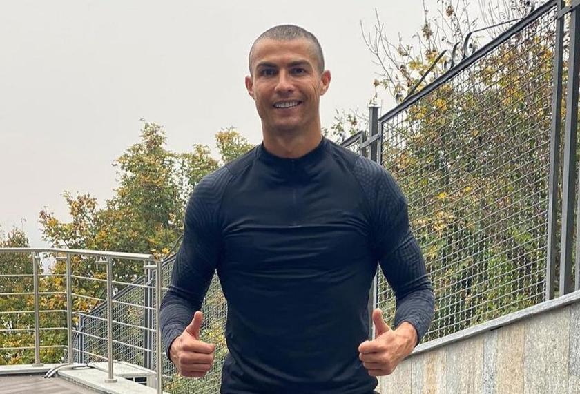 Ronaldo yerində durmur -