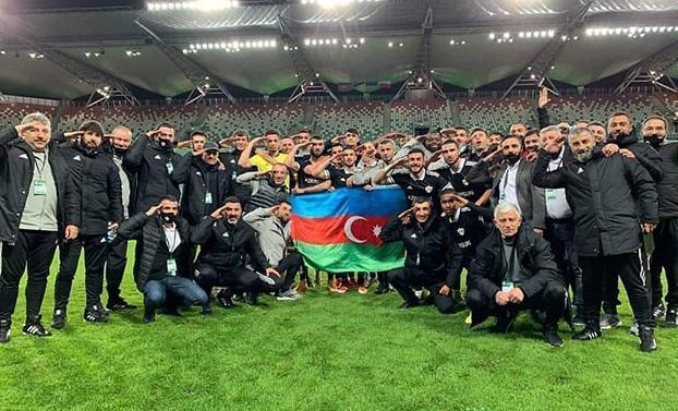 Azərbaycan jurnalistləri rusiyalı həmkarlarına etiraz etdi -