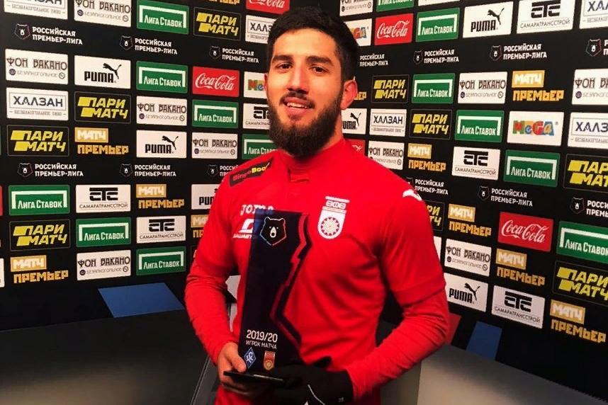 Azərbaycanlı futbolçu klubunun ən yaxşısı oldu -