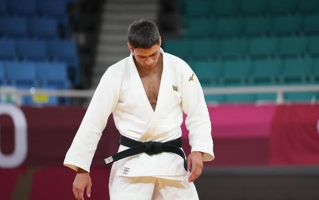 Rüstəm Orucov Olimpiya çempionuna uduzdu -