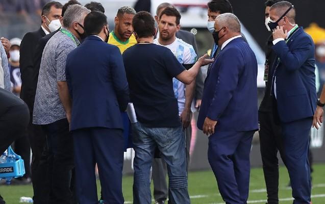 Braziliya – Argentina oyunu yarımçıq dayandırıldı -