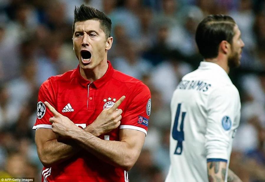 """Ronaldo və Ramosdan Levandovskiyə xahiş - """"Real""""a keç"""