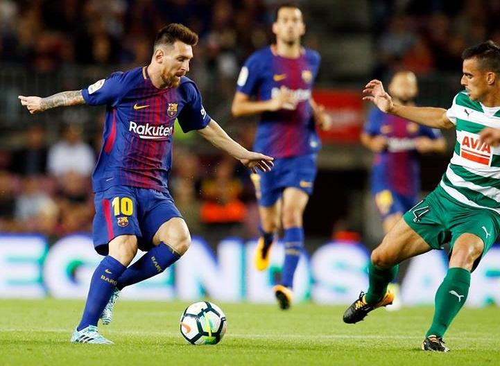 """Messi """"Nou Kamp""""da 300-cü qolunu vurdu"""