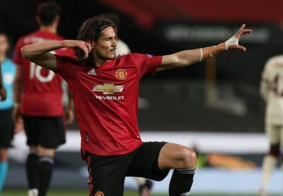 Kavani Messi və Levandovskinin rekordunu qırdı