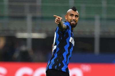 Vidal  Fransa klubunun təklifini rədd etdi