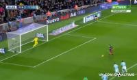 Messi bunu da etdi (VİDEO)