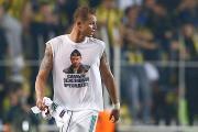Rusiyalı futbolçu türk azarkeşləri qəzəbləndirdi (FOTO)