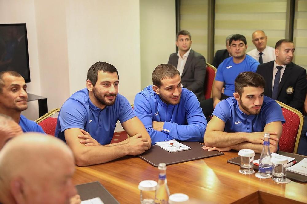 Rövnəq Abdullayev cüdo milisinin üzvləri ilə görüşdü