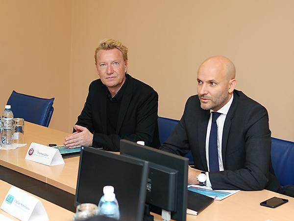 AFFA-nın baş katibi UEFA nümayəndələri ilə görüşdü (Qalereya)