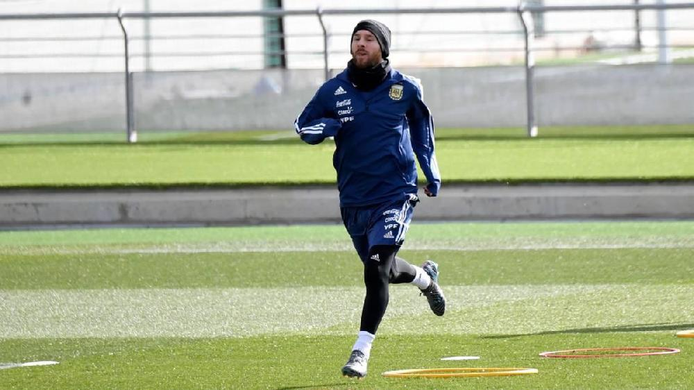 """Messi """"Real""""ın bazasında məşq etdi"""